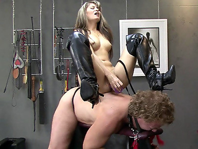 Orgasm From Spurring Free Movie
