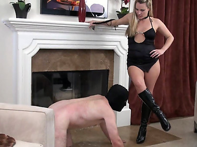 Lick Her Boots Free Movie